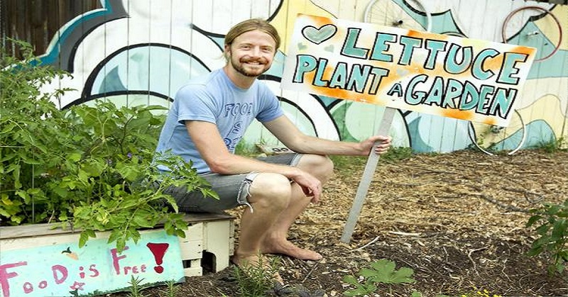 DIY $2 Self-Watering Garden Bed – Only Requires Water Once Every 2-4 Weeks...