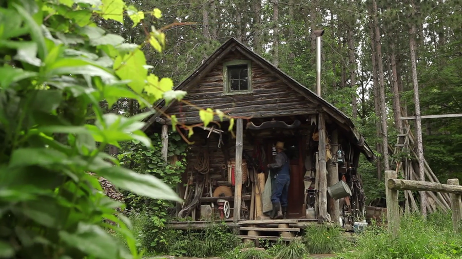"Why A Man Gave Up The ""American Dream"" For A Hand-Built Cabin With No Power Or Running Water…"