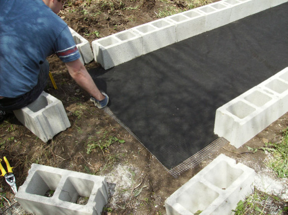 how to build a raised garden bed with landscape blocks