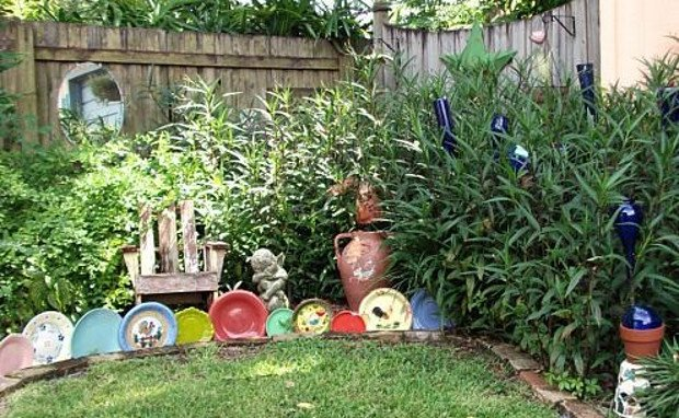 Creative Garden Edging Ideas bottle edging 15 Brilliant Garden Edging Ideas You Can Do At Home Garden Edging Ideas
