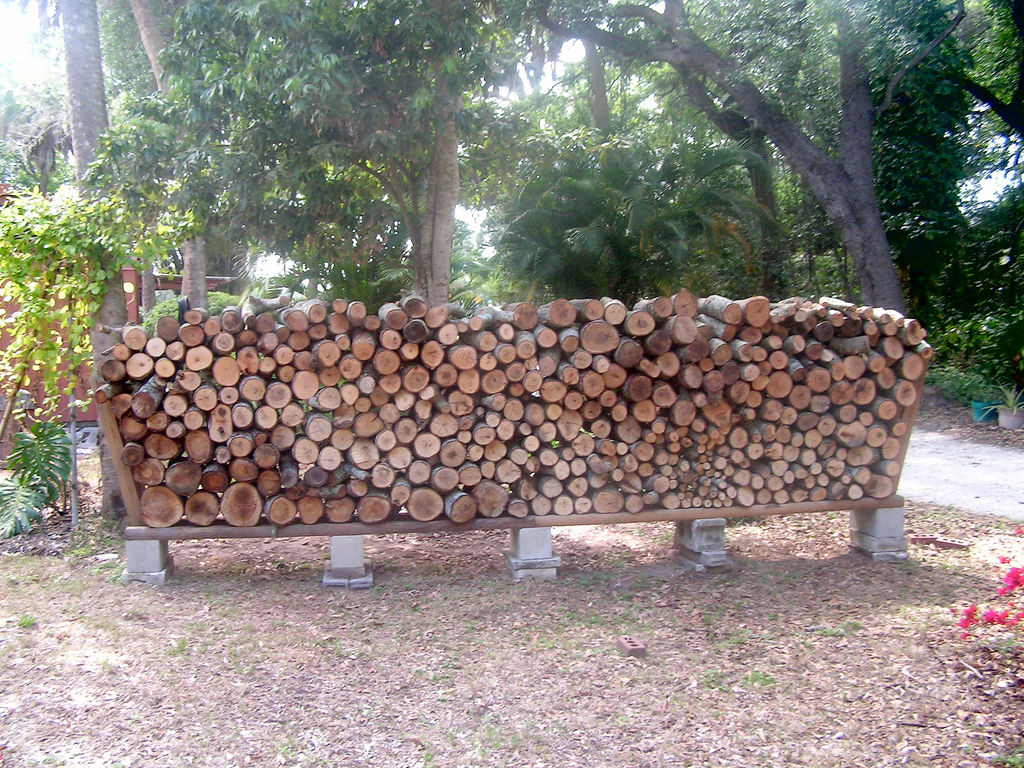 How To Build A Bad Ass Firewood Rack With No Tools In 15 Minutes...