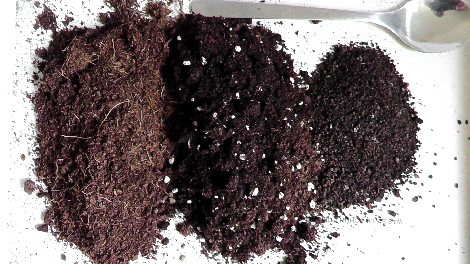 How to make your own potting soil growing mix eco for Garden soil or potting soil