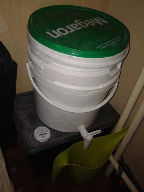 semi-aquatic-composting-system-9