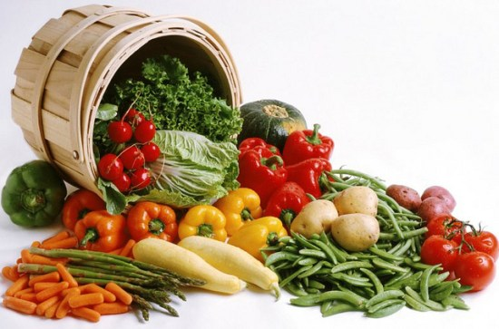 How To Store Fruits & Vegetables So They Last Longer...