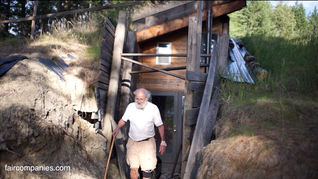 Idaho Modern Oldtimer Builds An Underground & Solar House For $50...