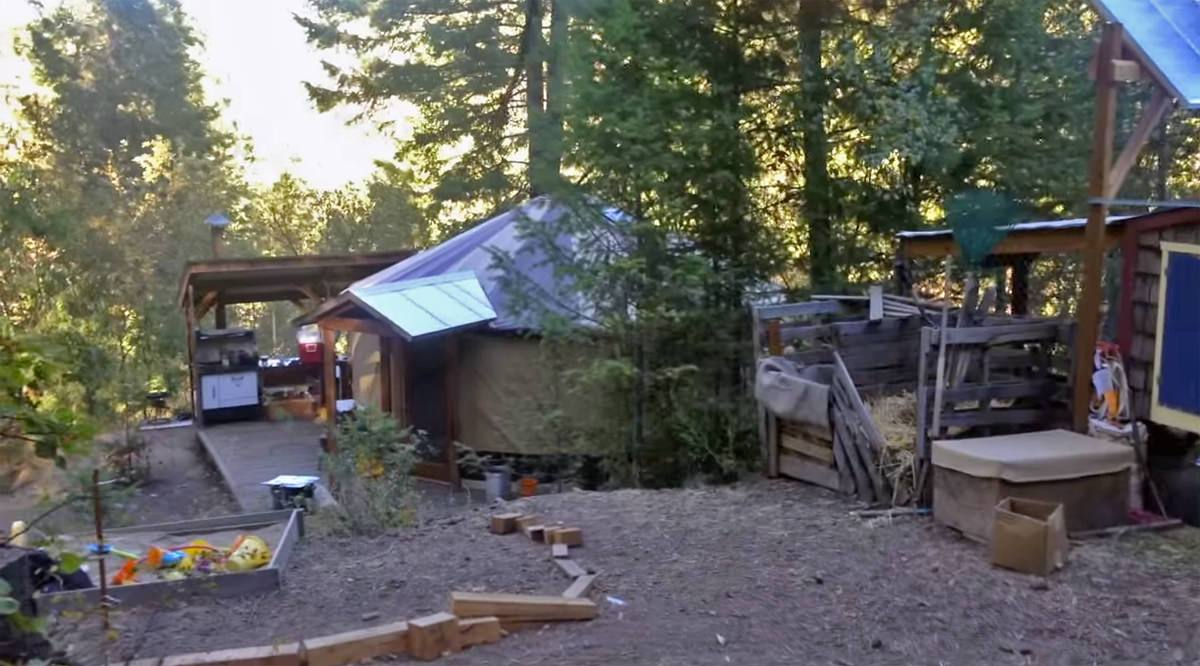 Ten Things We Wish We'd Known Before We Went Off Grid...