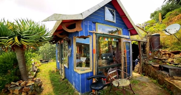 Incredible $2,000 Tiny House Overlooking The Ocean...