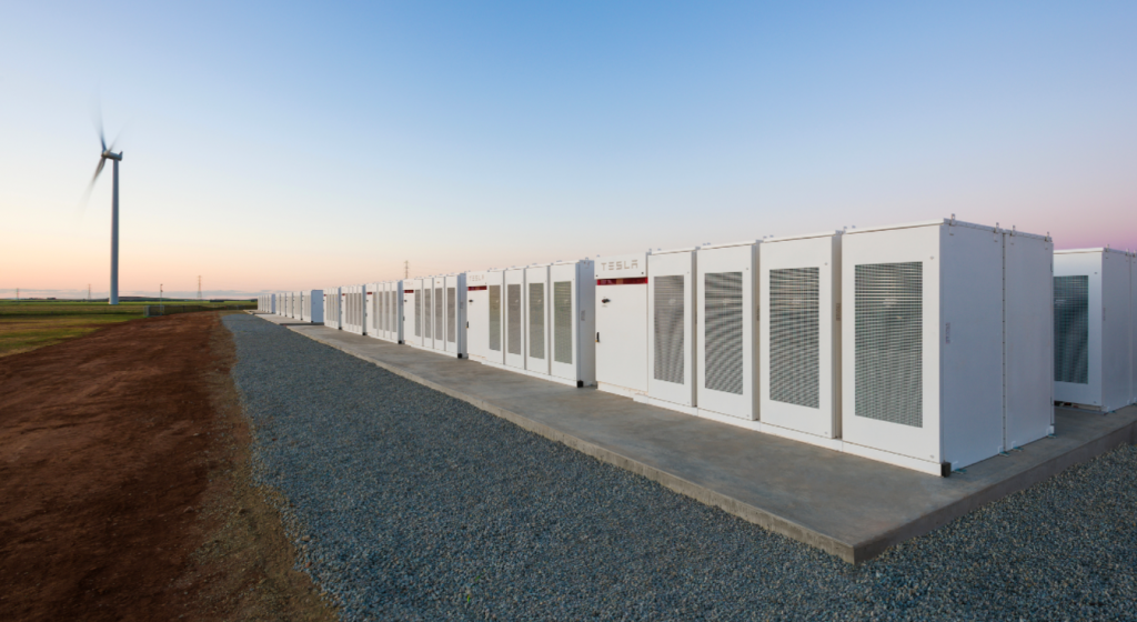 Elon Musk Finishes World's Biggest Battery In Less Than 100 Days...