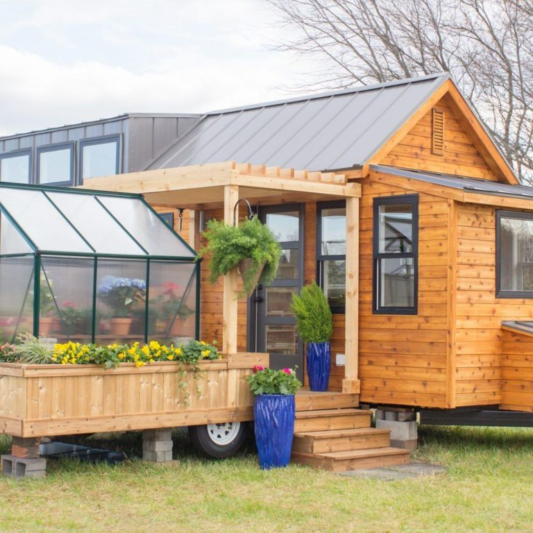 This Tiny Home Comes Equipped With It's Own Greenhouse...