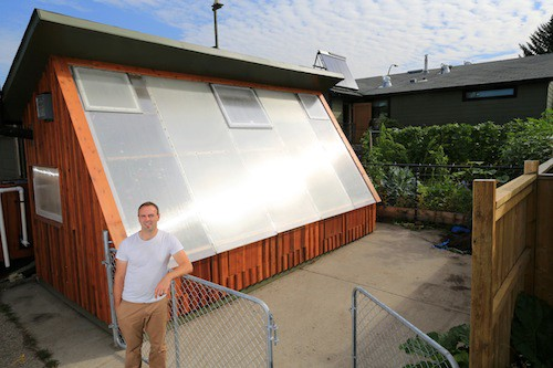 How To Design A Super Efficient Passive Solar Greenhouse...