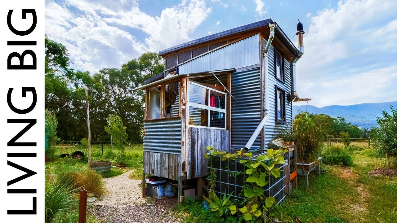 incredible salvaged off grid tiny house on a permaculture farm eco snippets. Black Bedroom Furniture Sets. Home Design Ideas
