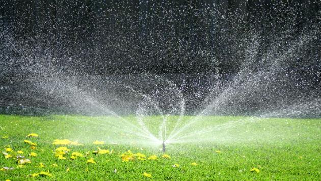 Best Water Sprinklers For The Garden...