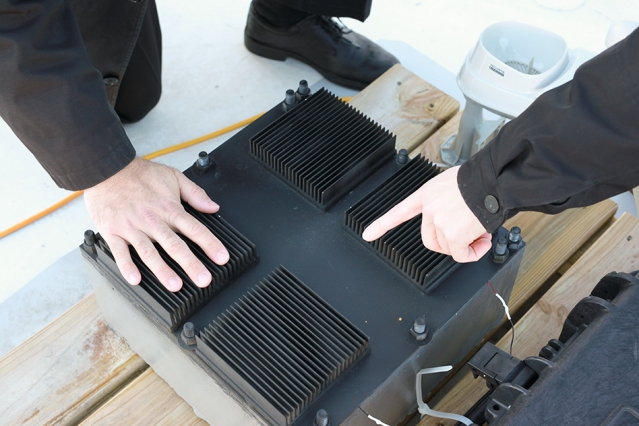MIT Scientists Develop Device That Generates Electricity From Thin Air...
