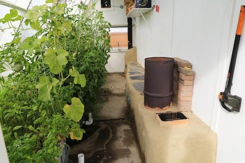 How To Design A Super Efficient Passive Solar Greenhouse...