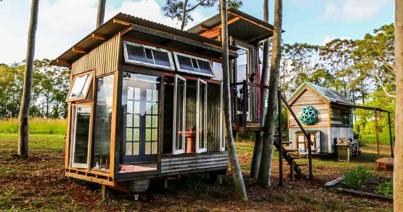 Tiny Home With Luxury Bath-House Made From Recycled Windows...
