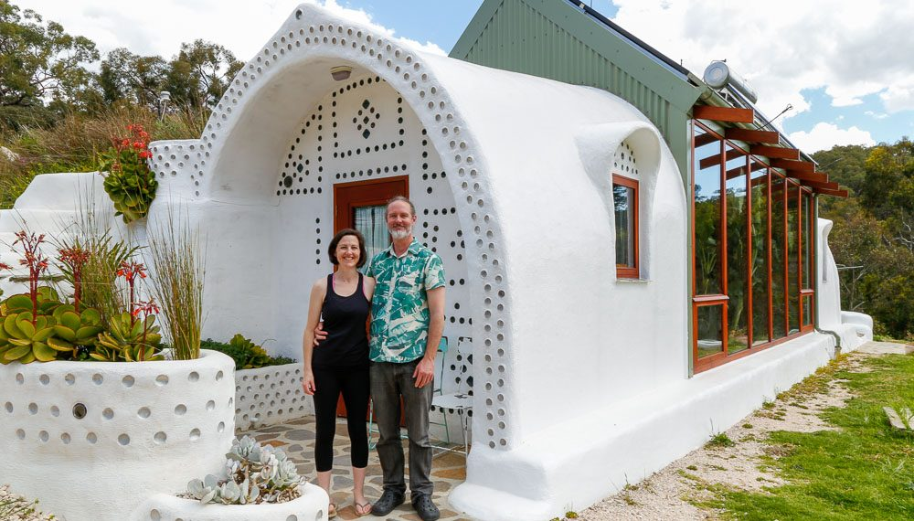 Incredible Eco Friendly Off-Grid Earthship Home...
